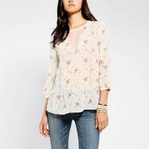 Pins and Needles Floral Peplum Button Back Top sm